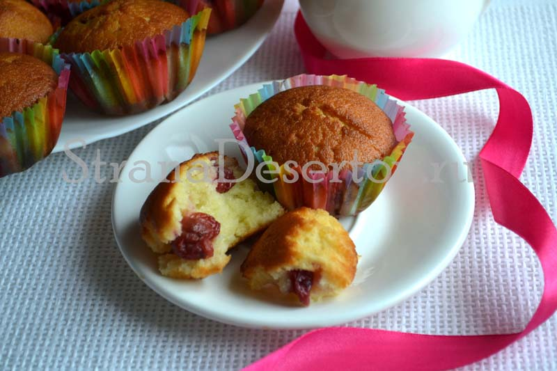 простые кексы на кефире в формочках