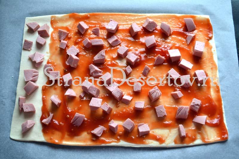 распределение нарезанной колбасы